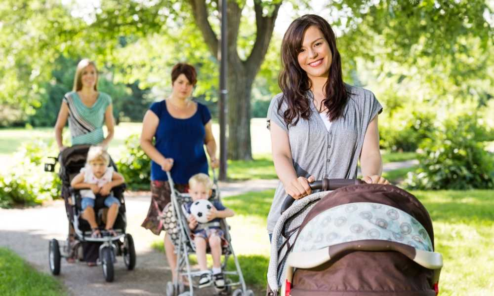 When to Buy a Stroller During Pregnancy